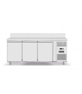 Hladilna  omara- tri vrata- 1795x700x(h)850mm